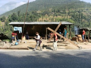 Walking with the cross in Nepal 2